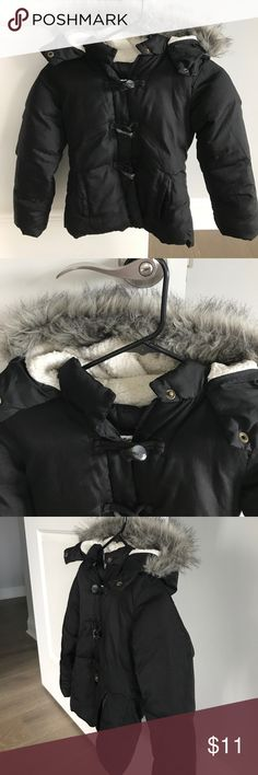Kids winter jacket Girls winter jacket small 6/7. Full zipper in front three hook closures hoodie and two pockets in front. No rips or stains on the inside back tag written small it did  have my daughters name I just went over it in permanent marker see photo Old Navy Jackets & Coats Puffers