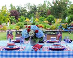 Have a Safe and Happy Independence Day thofjuly tablescapestyling tabletop tablesetting patrioticdecor tablescape southernstyle mygarden gardener southerngarden southernladymag victoriamagazine everydaylivingwithbutchandpam thisisalabama gardenlife gardenlove independenceday Yankee Doodle Dandy, Patriotic Symbols, 4th Of July Celebration, Good Times Roll, Happy Independence Day, Patriotic Decorations, Summer Parties, Southern Style, Memorial Day