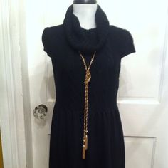 Old Navy Sweater Dress Black Old Navy Sweater Dress.  Great shape. Great with boots and leggings Old Navy Dresses