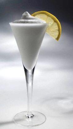 Sgroppino: um drink chique e refrescante!  O SGROPPINO AL LIMONE é um delicioso digestivo. O nome, que parece...