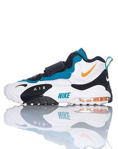 innovative design eeded 7c0bd NIKE Mid top men s sneaker Lace closure with velcro strap Padded tongue  with NIKE speed turf