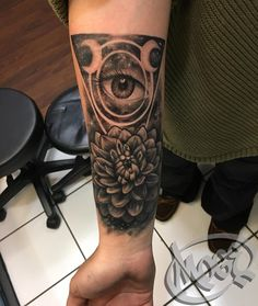 Black dahlia flower, thanks Jess :) #moge #empiretattoo #empiretattooinc #tattoo #bostontattoo www.empiretattooinc.com