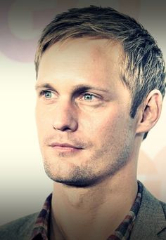 Alexander Skarsgard.- He is best known for his roles as vampire Eric Northman on the HBO series True Blood, Meekus in Zoolander and Brad Colbert in the HBO miniseries Generation Kill. Skarsgård was born in Stockholm, Sweden. He is the son of Swedish actor Stellan Skarsgård and his first wife, My, a physician.