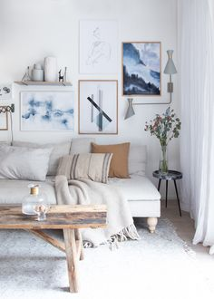 my scandinavian home: My Gallery Wall Updated In Blues + 15% Off At Posterlounge!
