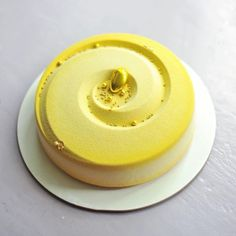 Creation made with Vortex moulds  #bethefirstbeoriginal  #silikomart #pastry #patisserie