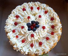 reteta tort diplomat cu piscoturi frisca fructe savori urbane (3) Food N, Food And Drink, Pie, Cakes, Pies, Torte, Cake, Cake Makers, Fruit Cakes