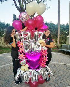 Feliz día mamá . . . Diseño exclusivo de @by_nieves creadoras de @decoracionesglobos #balloondecor #balloonparty #balloonart MIAMI (786)779.75.23 CARACAS (0424)2697110 . . . #balloon #balloons #talentovenezolano #diseñovenezolano #hechoenvenezuela #arreglodeglobos #globos #decoracionesconglobos #balloondecoration #balloonsdecorations #surprise #Miami #Caracas DecoracionesGlobos es Alegría Aprende-Decora Regala-Sorprende Mothers Day Balloons, Happy Balloons, Balloons And More, Number Balloons, Balloon Arrangements, Balloon Centerpieces, Balloon Decorations Party, Love Balloon, Balloon Gift