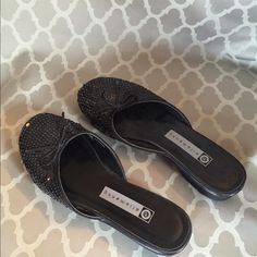 Adorable Sequin mules Black sequin top with little bow. So cute!! Ellemenno Shoes Flats & Loafers