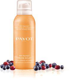 Payot My Payot Brume Eclat is een heerlijke spray, een verkwikkende en luchtige nevel die de huid laat stralen en op elk gewenst moment van de dag gebruikt kan worden. De spray heeft een heerlijke en energieke geur en is ideaal voor onderweg. De spray kan voor het aanbrengen van de dag crème aangebracht worden, om de huid te stimuleren. Of na de make-up als final touch, om de make-up te fixeren.