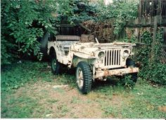 1952 Willys Jeep - Photo submitted by Bob Moledor. Old Jeep, Jeep Tj, Jeep Truck, Vintage Jeep, Vintage Cars, Antique Cars, Jeep Photos, Jeep Willys, Abandoned Cars