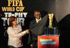 Brasil 2014: El Salvador enloquece con la Gira del Trofeo - http://historiadelfutbol.net/brasil-2014-el-salvador-enloquece-con-la-gira-del-trofeo/