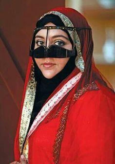 Beautiful Omani Traditional Heritage - Muscat festival 2014 - Oman
