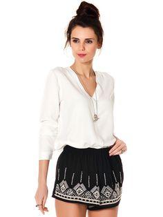 Bayan giyim ürünlerinden gömlek, bu yaz bayanlarımız tarafından çok tercih edilecek.