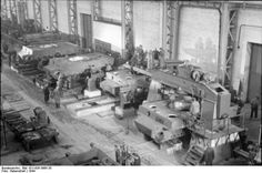 Tigers being built.   Bundesarchiv Bild 101I-635-3965-35, Panzerfabrik in Deutschland - Tiger I - Wikipedia, the free encyclopedia