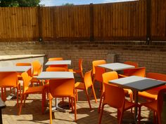 Outside of student breakout area with funky seating solutions for a Kent academy.  East Kent College - Kent  www.rapinteriors.co.uk
