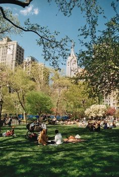 Madison Sq Park is formed by the intersection of 5th ave n bway at 23rd st.