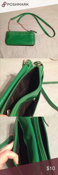 Green Cross-Body Purse In great condition. Lots of pockets and a long strap! Target Bags Totes