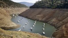 In this Thursday, October file photo, houseboats float in the drought-lowered waters of Oroville Lake near Oroville, California California Winter, Lakes In California, California Drought, Southern California, California Moves, Sierra Nevada, Bbc News, Lake Oroville, Sacramento Valley