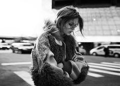 Harper's Bazaar Polonia, Gennaio 2015, modella Josephine Skriver, foto di Riccardo Vimercati