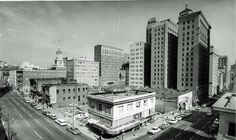 1963 - Kearny at Pine Streets - A few years later, the Bank of America World Headquarters was built in this block. - Source: S. F. Public Library