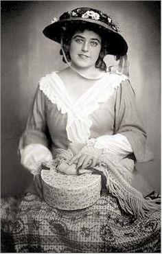 "Lotte Lehmann in ""Manon Lescaut"" 01"
