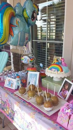 My little pony birthday party..... Love the cake