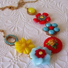 beautiful! vintage necklace