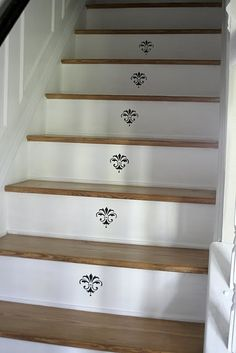 stenciled stair risers | Stenciled Risers