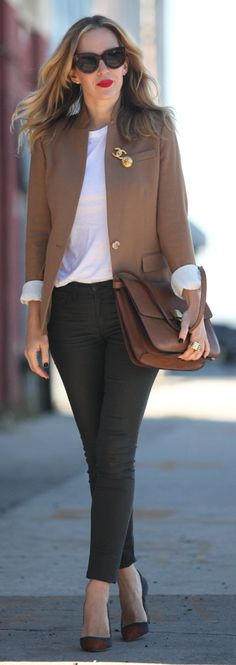 Camel Blazer by Brooklyn Blonde ratio and silhouette.tucking in the top makes all the diff Lawyer Fashion, Office Fashion, Work Fashion, Cheap Fashion, Women's Fashion, Classy Outfits, Casual Outfits, Fashion Outfits, Business Outfits