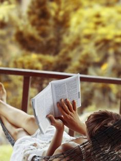 Grab a book and get ready to chill! Summer is finally here, and what better way to spend a relaxing day than with a book and sun! Check out a list of must reads for your summer!  http://www.29secrets.com/wellness/5-summer-reads-you-won%E2%80%99t-want-put-down