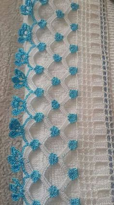 Crochet edging with corner ~~ Crochet Boarders, Crochet Edging Patterns, Crochet Lace Edging, Crochet Motifs, Filet Crochet, Crochet Trim, Crochet Designs, Crochet Flowers, Stitch Patterns