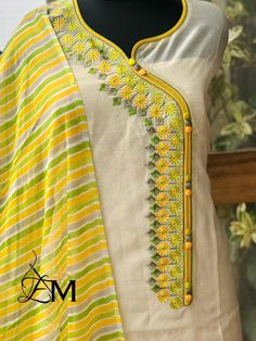 Chudidhar Neck Designs, Neck Designs For Suits, Neckline Designs, Dress Neck Designs, Stylish Dress Designs, Salwar Designs, Kurta Designs Women, Kurti Designs Party Wear, Kurti Embroidery Design