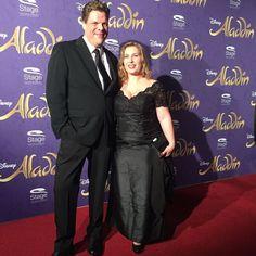 Tetje Mierendorf mit Ehefrau auf der Premiere von Disneys #Aladdin #AladdinHamburg
