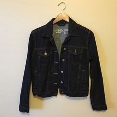 Dark denim gap jacket Never worn but washed to take out the stiffness size S NO TRADES GAP Jackets & Coats Jean Jackets