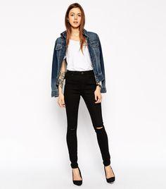 9+New+Ways+to+Wear+Skinny+Jeans+in+2016+via+@WhoWhatWear