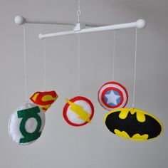 Crib mobile / Baby mobile - Nursery decoration - Superheroes: Batman, Superman, Flash,Captain America, Green Lantern
