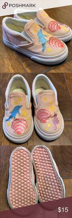 d49dd3a8fab Vans for toddler Pre owned in good condition. Size 6 for toddler. Make an