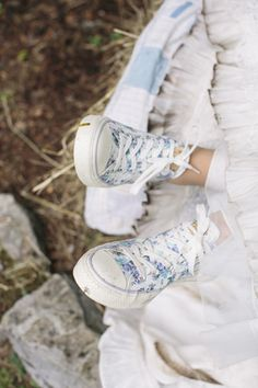 Floral shoes: http://www.stylemepretty.com/new-hampshire-weddings/sunapee-new-hampshire/2015/04/24/homespun-backyard-new-hampshire-wedding/ | Photography: Kate Preftakes - http://preftakesphoto.com/