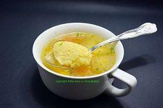 Supa de pui cu galuste pufoase din gris Romanian Food, Romanian Recipes, Soup Recipes, Slow Cooker, Ethnic Recipes, Sticks, Amsterdam, Album, Breads