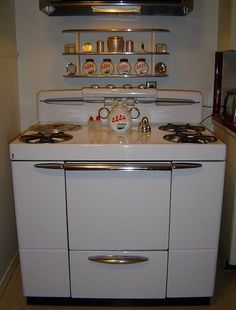 1949 Maytag Range...we had this in  our first home...it came with the house an was electric. Great deep soup pot on the back left!