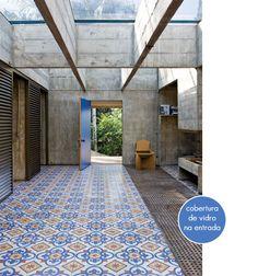 entry door with pattern floor and concrete walls. Change type of conrete floor pattern