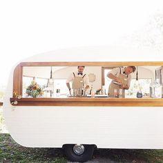 Tom Collins Caravan