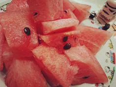 今日もぽかぽか陽気15時のおやつに熊本産の美味しいスイカ #ひとくちサイズにカット #あまーい #kumamoto #西瓜 #watermelon #fruit  #スヌーピー #snoopy #starwars #stormtrooper #lego #legostagram by pandamochi35