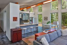 this-house-innovative-architecture-uses-hvac-ductwork-as-decor-element-1.jpg
