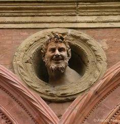 Bologna Magica: fino al 10 settembre le passeggiate nei misteri magici della città. Programma completo qui >http://bit.ly/12Ry1Ap