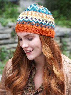 Free Pattern - When working fair isle on double-pointed needles, keeping your tension can be a challenge. This five-shade hat is perfect practice. #knit