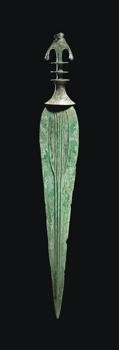 A LURISTAN BRONZE SWORD - CIRCA 9TH-7TH CENTURY BCE.
