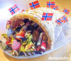 Typisk norsk!   Det søte liv Norwegian Food, Norwegian Recipes, Norwegian Christmas, Christmas Traditions, Christmas And New Year, Mexican, Sweets, Norway, Eat