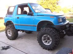 1993 Geo Tracker 2 Dr LSi 4WD Convertible