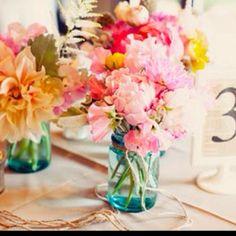 Peony wedding flower centerpieces Chicago - The Wedding Specialists Ikea Wedding, Doily Wedding, Wedding Frames, Wedding Flowers, Wedding Vintage, 50s Wedding, Wedding Bouquet, Trendy Wedding, Elegant Wedding